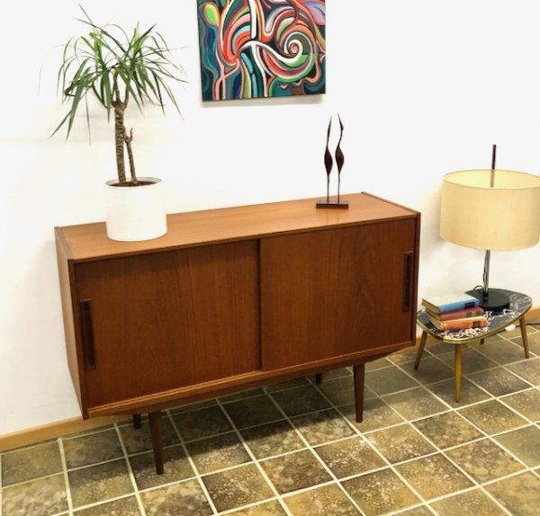 Teak Sideboard, Vintage, Mid Century, 1960, Danish Design, Denmark, Schiebetüren, braun,