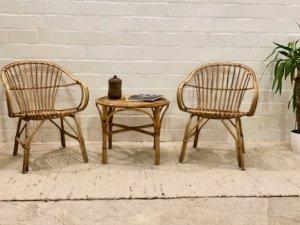 Vintage Korbsessel, Basket Chairs, mit Tisch, Rattan, Geflecht, Mid Century, 1960's, 60er, Vintage Möbel, Designklassiker Möbel, Loungesessel, Korbstühle
