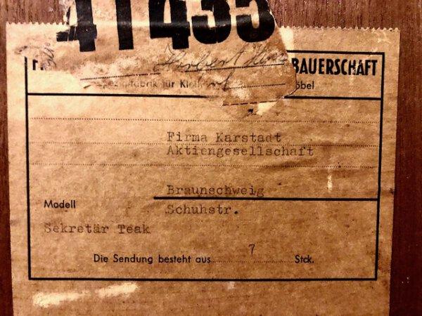 Sekretär Teakholz, Mid Century, Karstadt, Danish Design, Vintage, 1960, 60er, 60's, Teak, Schreibtisch, Büro, beleuchtet, Schubladen, Schiebetüren, aufklappbar,