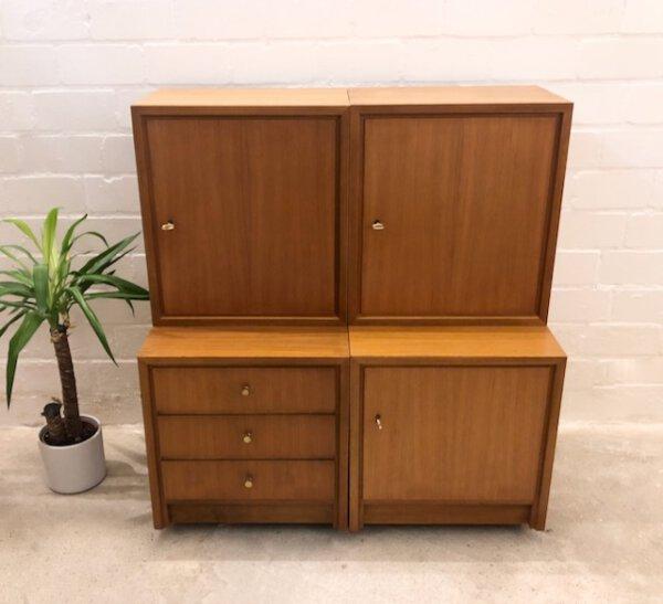 Regal-Würfel, WKS Möbel 1960's, Nussbaum, Container, Schubladen, verschließbar, Vintage Möbel, Mid Century Möbel, WKS Möbel, Tief und Schmal, helle Holz, 1970