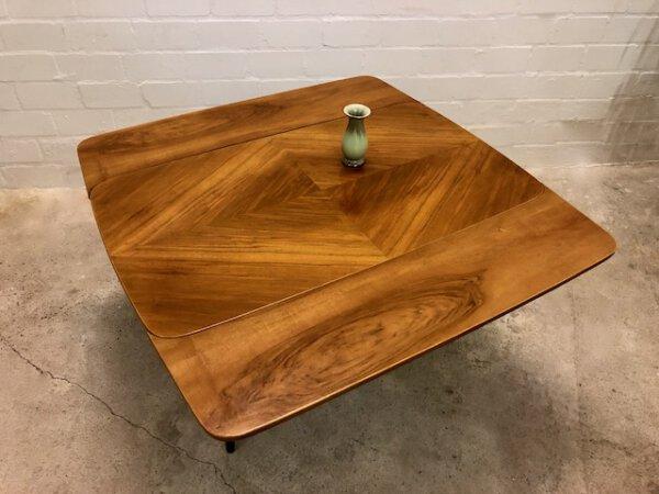 Mid Century Kondor Tisch, 1950's, 1960's, ausziehbar, Nussbaum, Küchentisch, Esstisch, Dining Table, rund, klein, Designklassiker, Vintage
