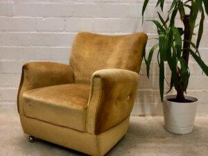 Vintage Lounge Sessel, gelb, 1960's, Velours, Clubsessel, auf Rollen, gold, Patina, 1970, Designklassiker, Mid Century Sessel
