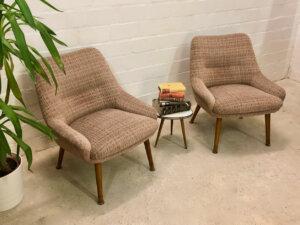 Mid Century Lounge Sessel, 1960's, Cube, Cocktailsessel, Polstersessel, Holzarmlehnen, Designer Sessel, Vintage-Möbel, Mid Century Möbel, grün,